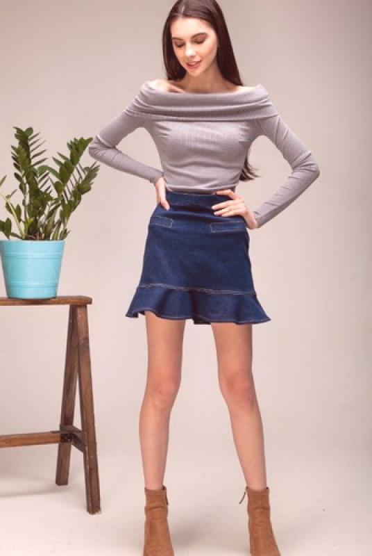 těsná sukně do sukně